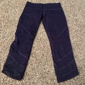 lululemon athletica Pants - Lululemon Emerge Renewed Crop *Full-On Luon